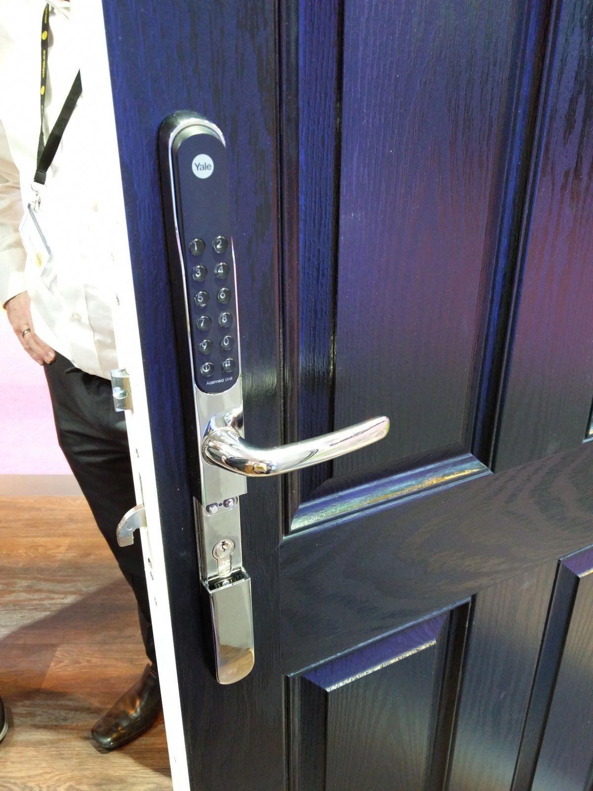 Yale Keyfree Connected Smart Lock Frontdoor Smart Door Locks Smart Lock Smartthings