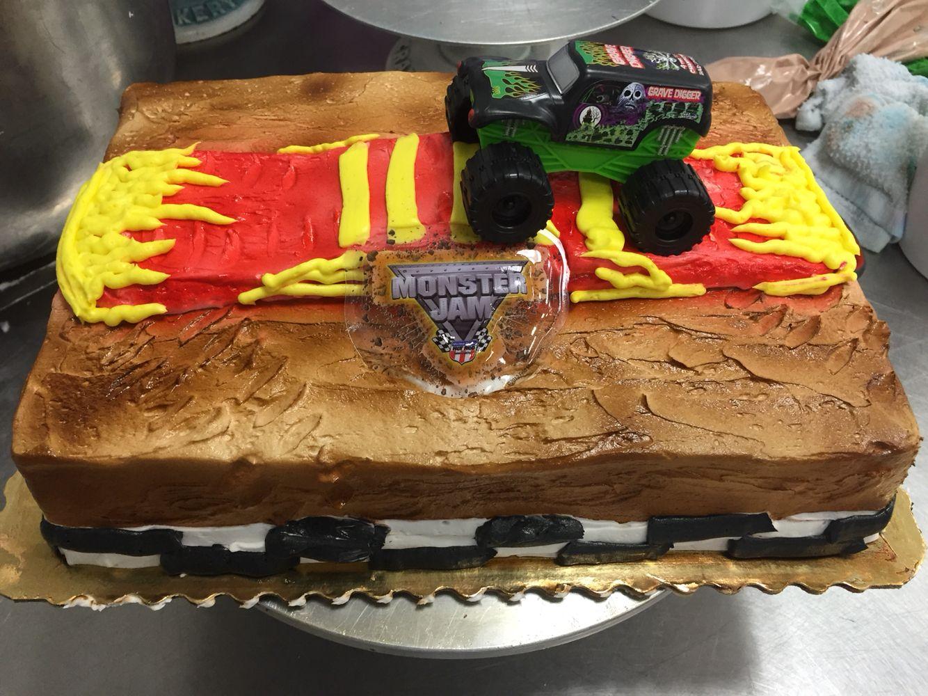 Monster Truck cake. Cakes by Mike Bradley