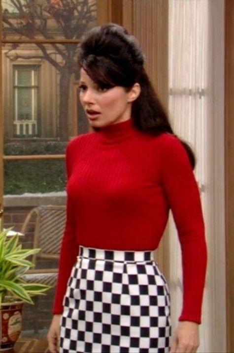 """Photo of 11 Times Fran From """"The Nanny"""" Was An Unforgettable Style Icon"""
