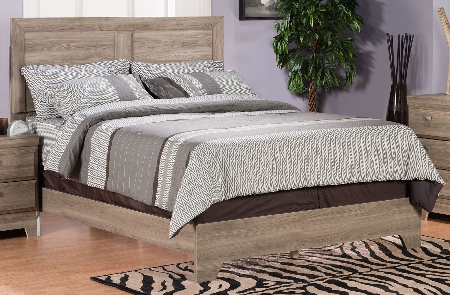 Bedroom Furniture Yorkdale Light Queen Panel Bed Queen