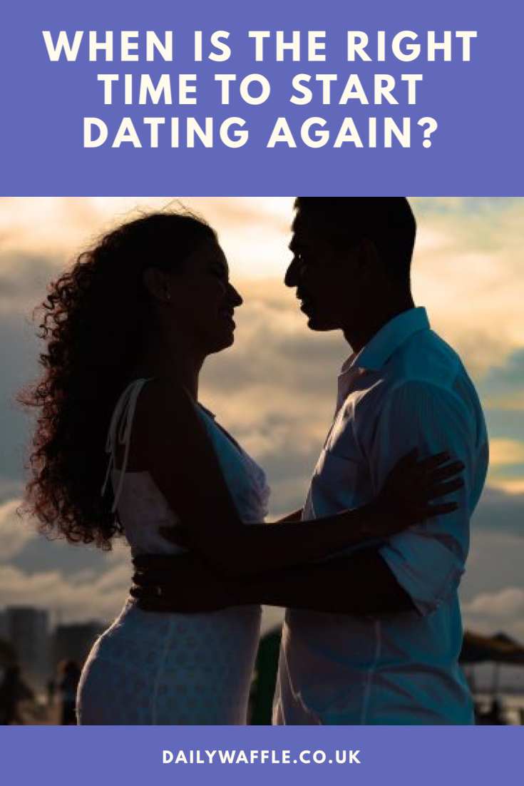 We have all found ourselves asking this question – how do we know we are ready to start dating again?  When my friend asked me this question just recently it caught me by surprise. How was I in the position of being IN a relationship. Did this mean I was qualified to answer the question. How did I know when I was ready to start dating again? #relationships #datinggame #datingapps #datingadvice #datingtips