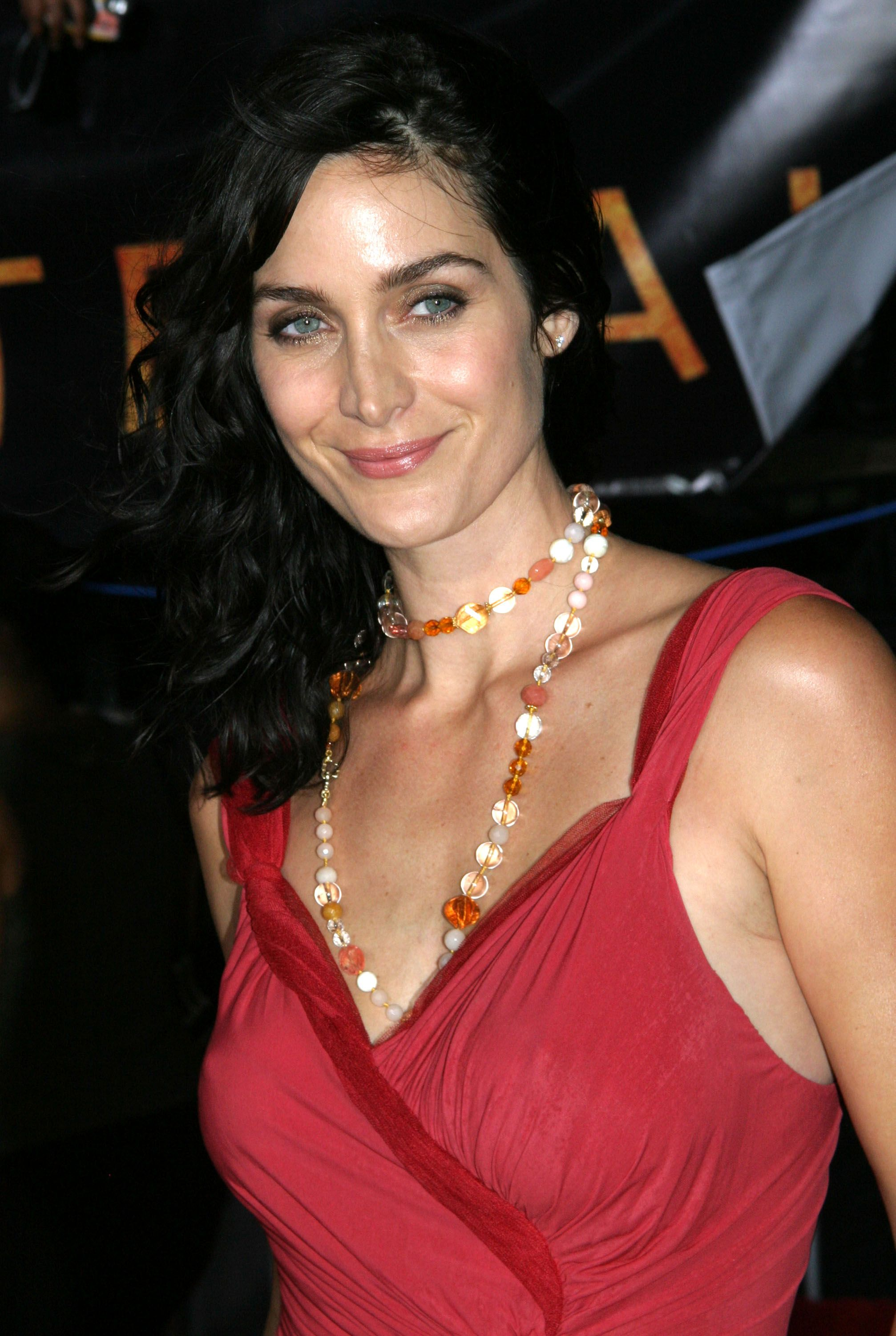 Carrie Anne Moss Photo Gallery Trulextraordinary In 2019