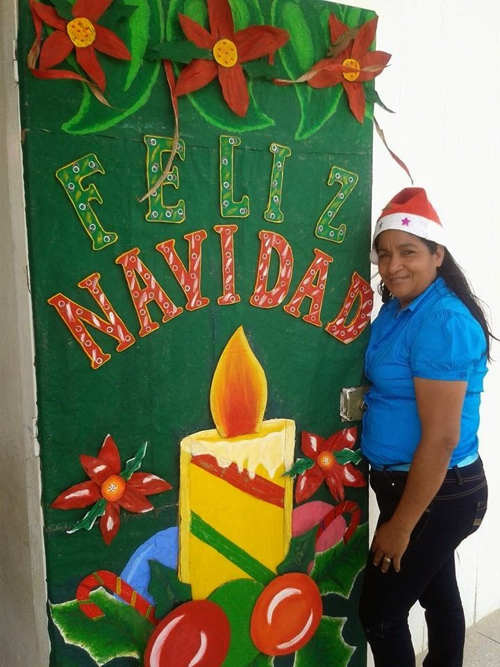 Franelas decoradas a mano de navidad buscar con google for Puertas decoradas navidad material reciclable