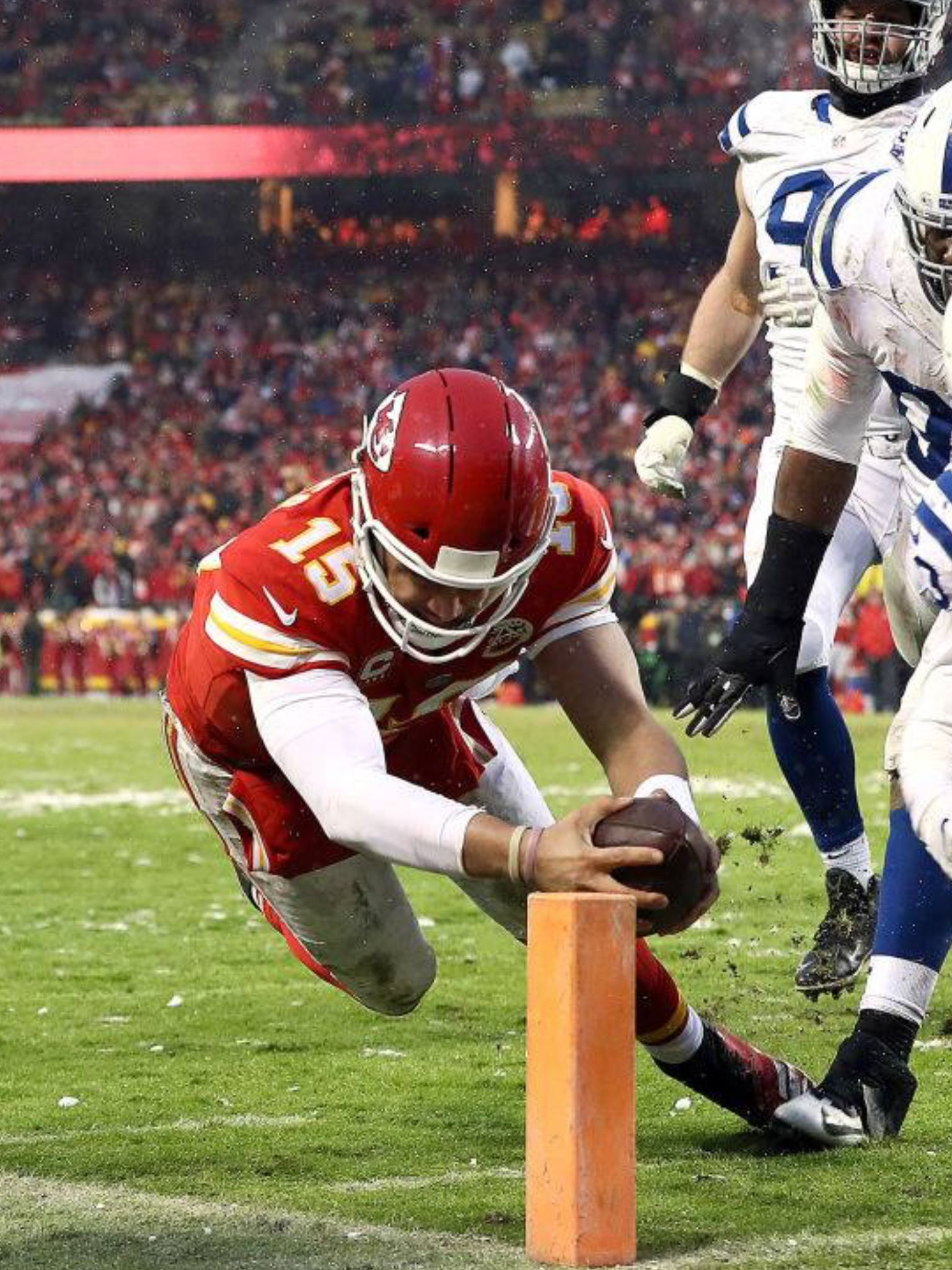 Chief Diving For The Corner Vs Colts 2019 Playoff Game Chiefs Football Kansas City Chiefs Football Nfl History