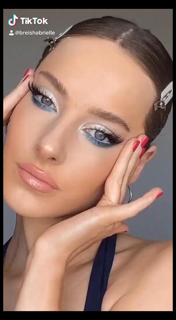 emerald dress makeup makeup