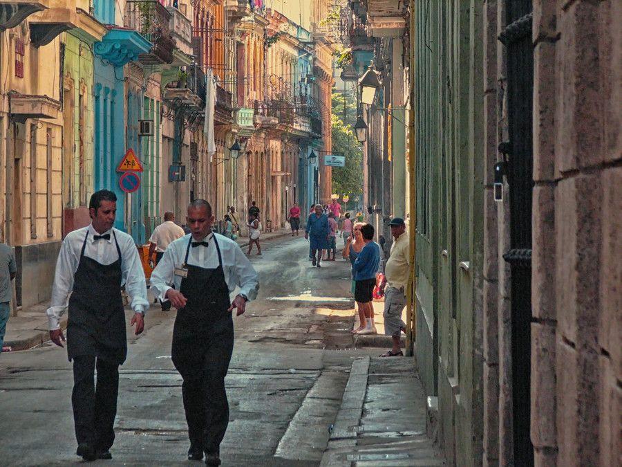 De la Bodeguita en La Habana by Julio Benard on 500px
