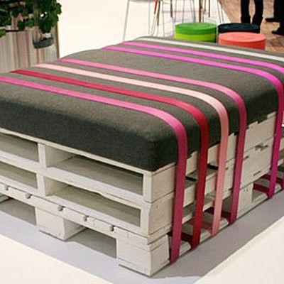 Des palettes et des cagettes pour la d co decorating - Salon exterieur palette ...
