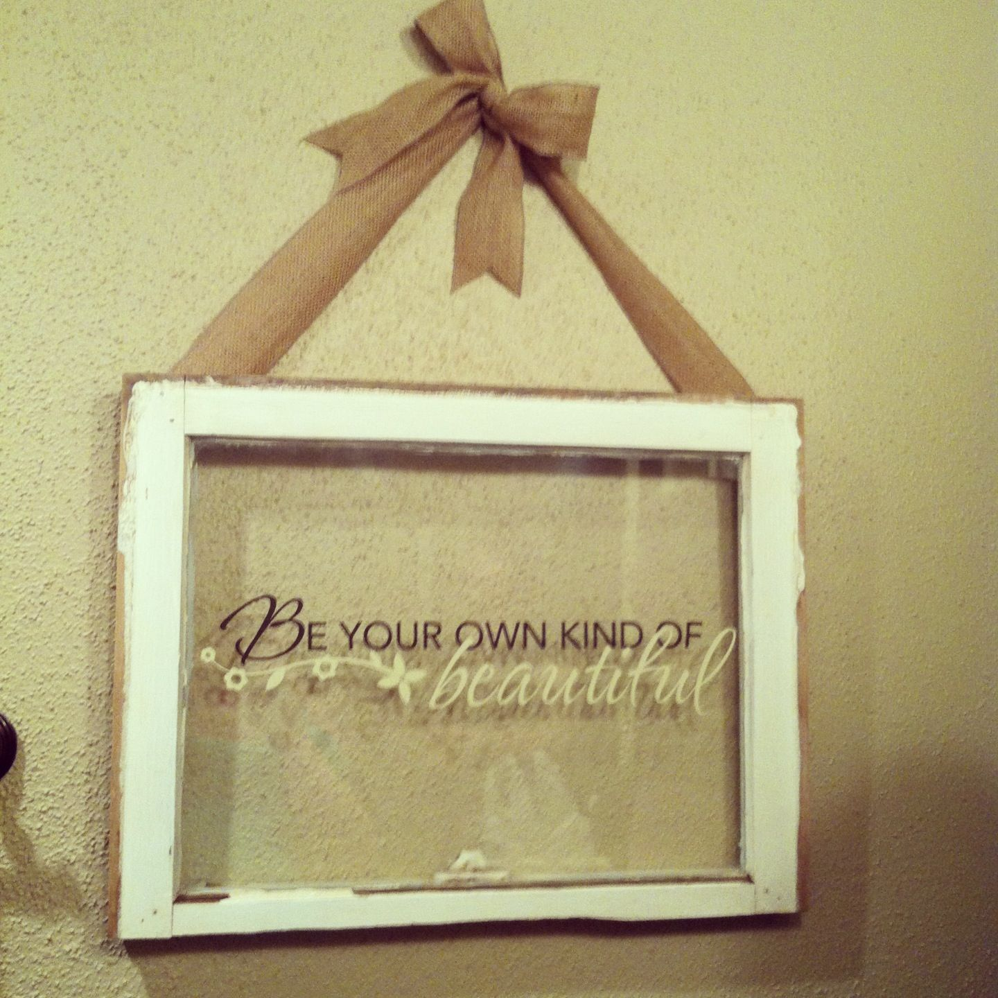 Old window decoration artistic ideas pinterest for Old window craft projects