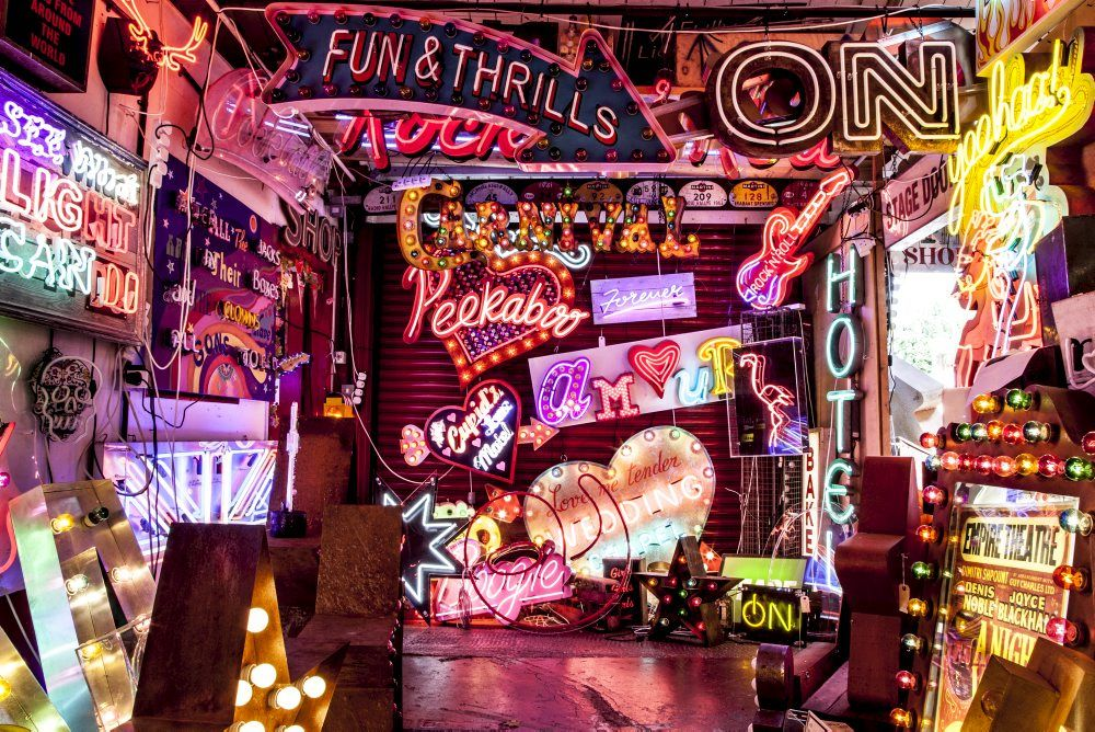 God's Own Junkyard - quite possibly one of the most spectacular places on the planet. If you love neon signs, that is! #neon #lighting More