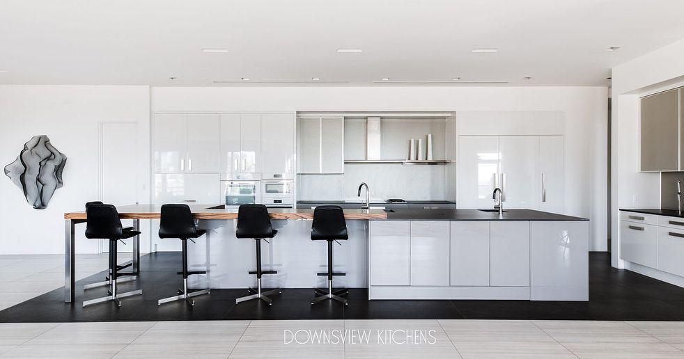All In The Details Downsviewkitchens Incabinetlighting