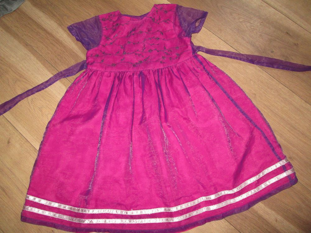 GIRLS DRESS AGE 2-3  YEARS SO GORGOEUS PARTY OCCASION BEAUTIFUL