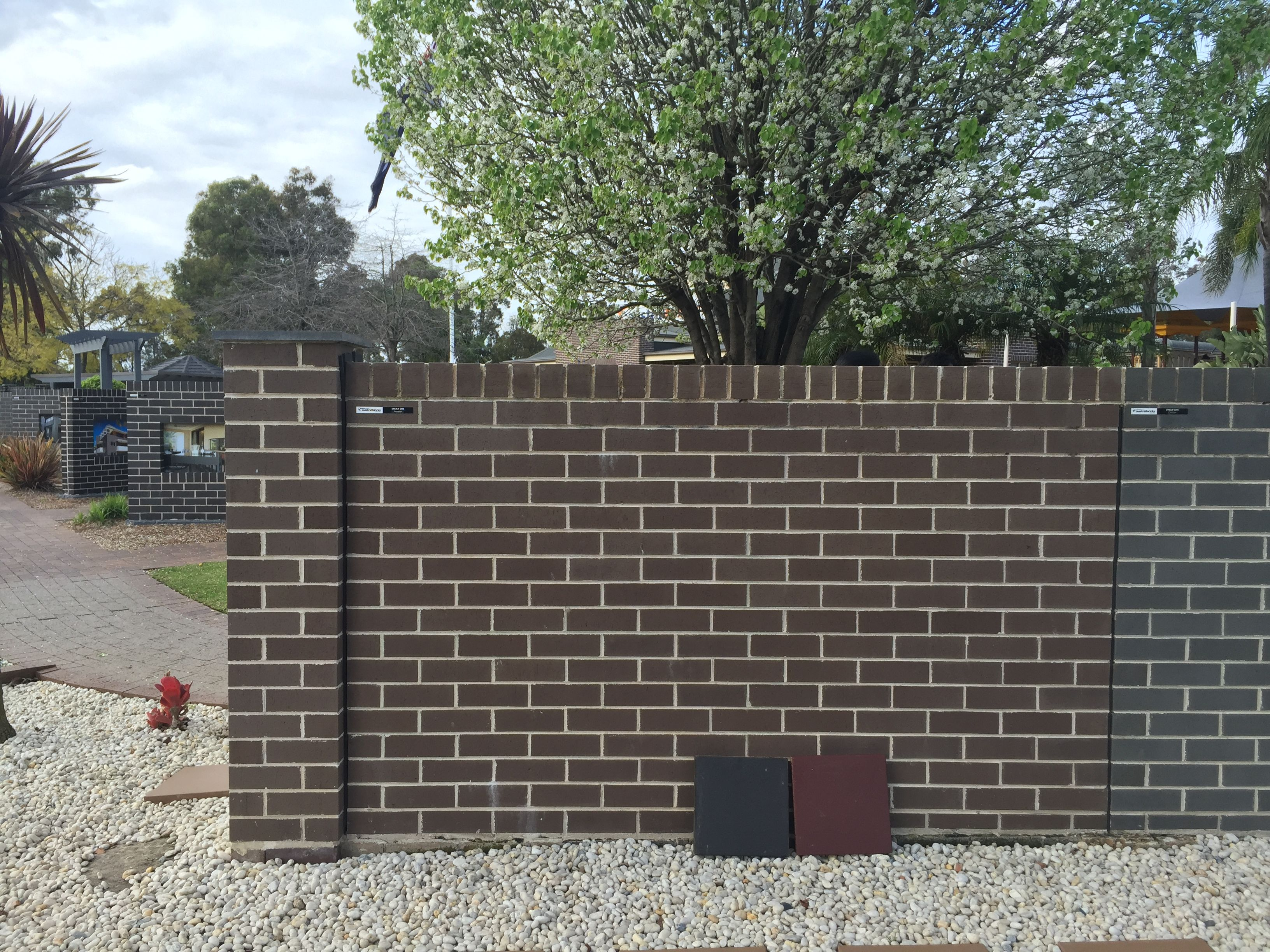 The Brick Urban One Quot Pepper Quot Brick Roof Facade House
