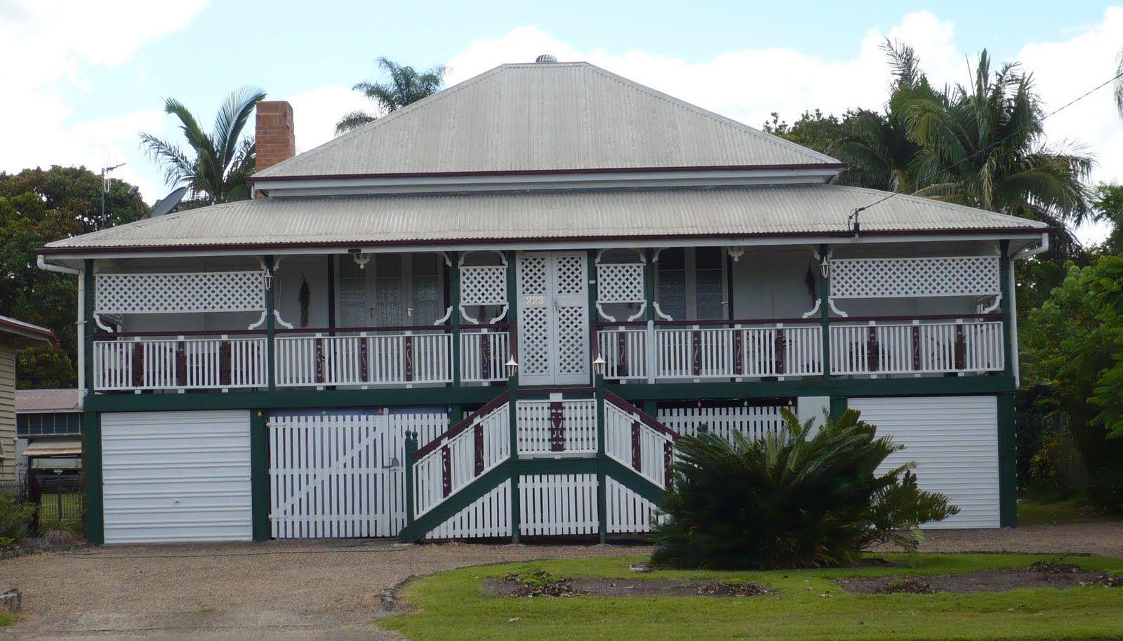 Old queenslander home pinterest low for Queenslander home designs australia