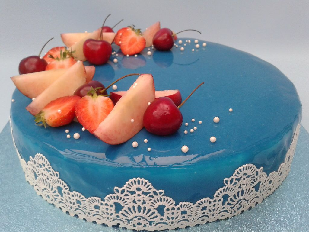 """""""Mirror Glaze"""" - Cake"""
