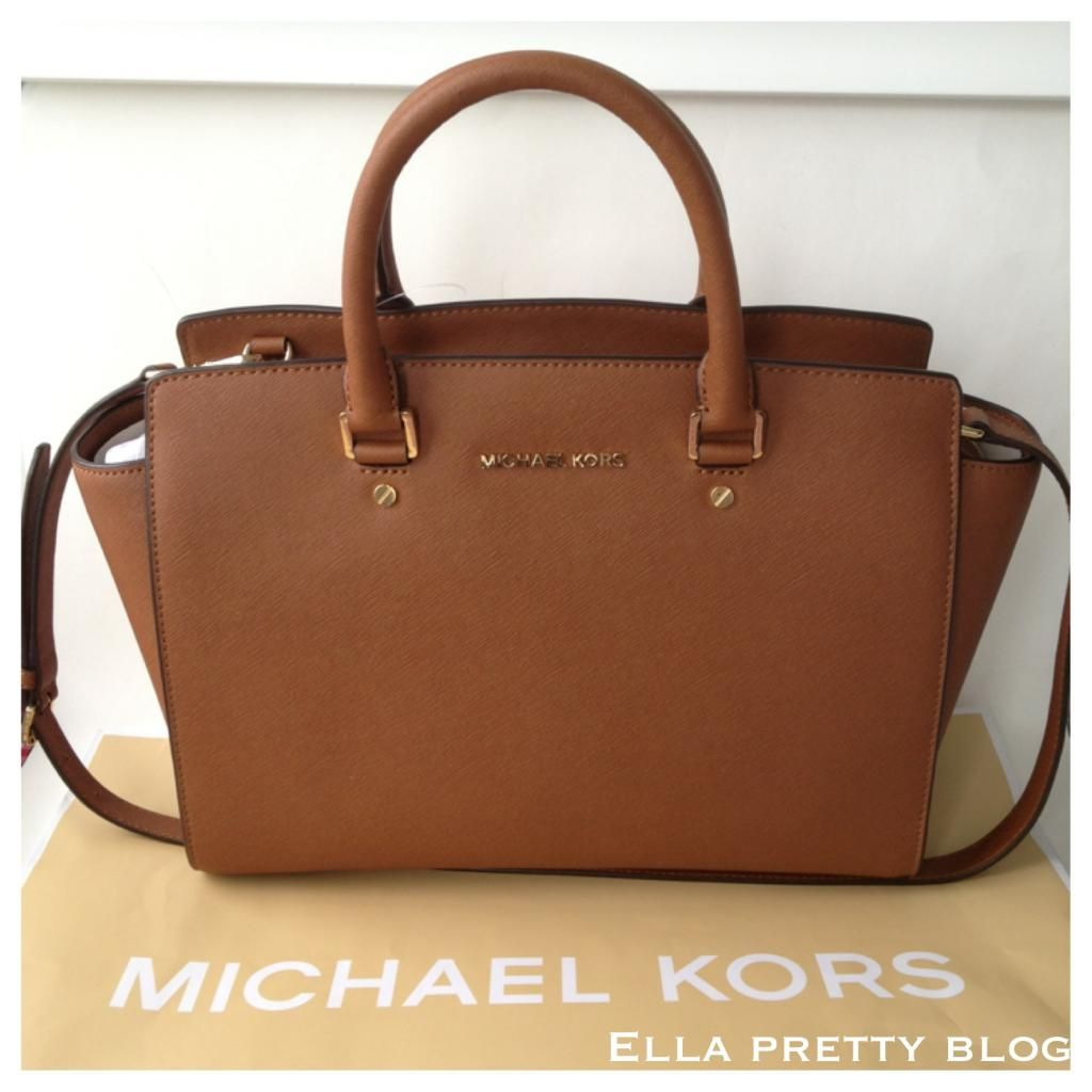 Bag Review: A Closer Look at the Michael Kors Selma Top-Zip Satchel in