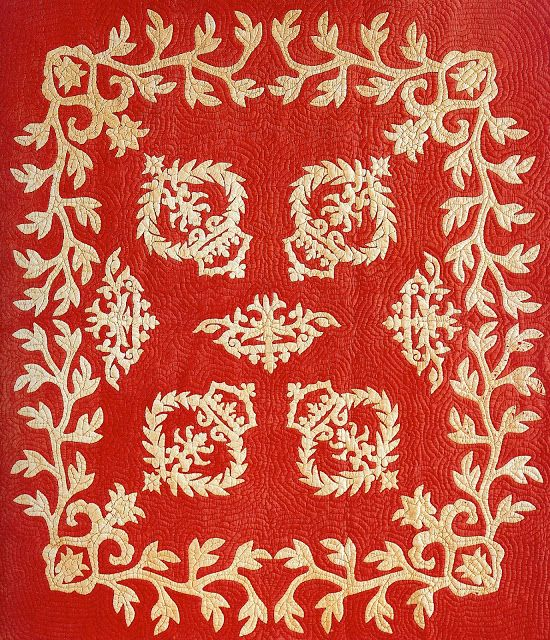 Na Kalaunu Me Ka Lei Maile [Crowns and Maile Lei] Quilt (ca. 1880 ...