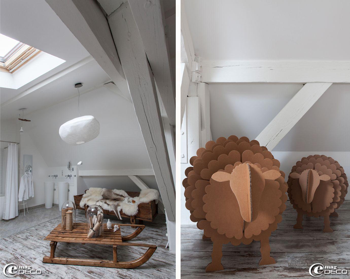 dans une chambre de la maison d 39 h tes 39 la villa 1901 39. Black Bedroom Furniture Sets. Home Design Ideas
