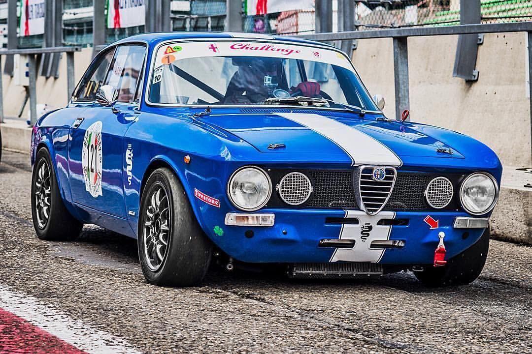 3 New Pinterest Love Like4like Racing Motor Alfa Romeo Cars Classic Racing Cars Alfa Romeo Gta