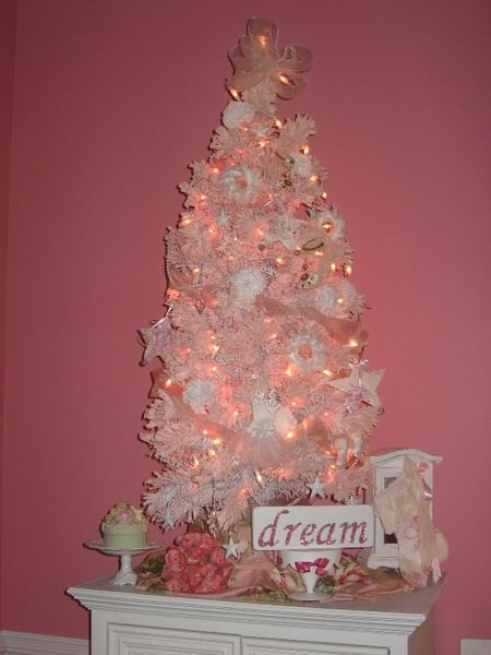 pink and white christmas tree i got the prettiest pink lights from jorabeels