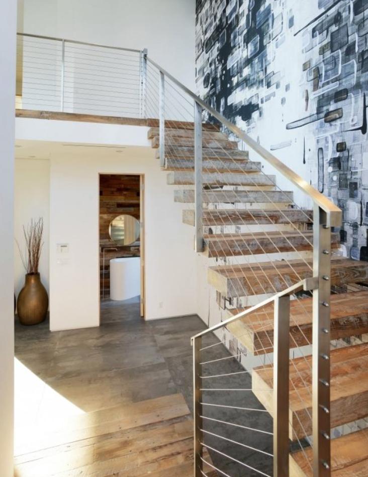 geschraubtes graues stahlgel nder mit geschraubten dr hten. Black Bedroom Furniture Sets. Home Design Ideas