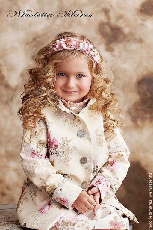 Ребенок девушка модель работа видео веб модель