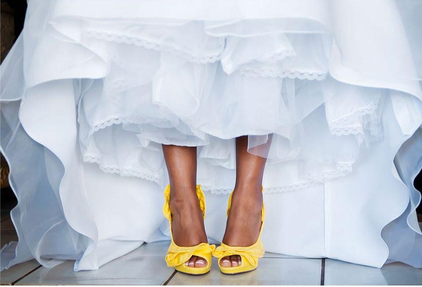 Resultados De La Búsqueda De Imágenes De Google De  Http://clhweddings.com/wp Content/uploads/2011/03/003 Yellow Wedding Shoes