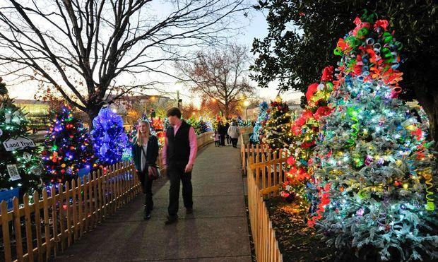 Botanical Gardens Huntsville Al Christmas Lights
