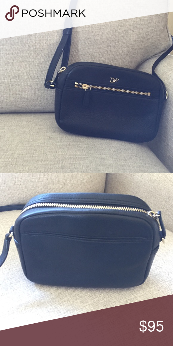 Diane Von Furstenberg Crossbody Used but in great condition! Perfect little black crossbody. Diane von Furstenberg Bags Crossbody Bags