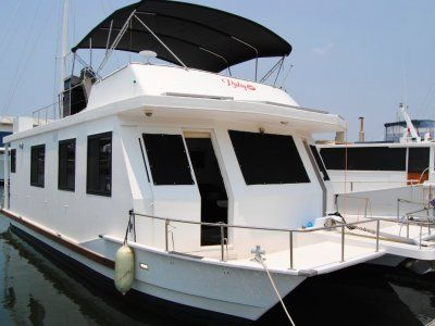 Pacific Cruiser House Boat in 2020 Boat, House boat