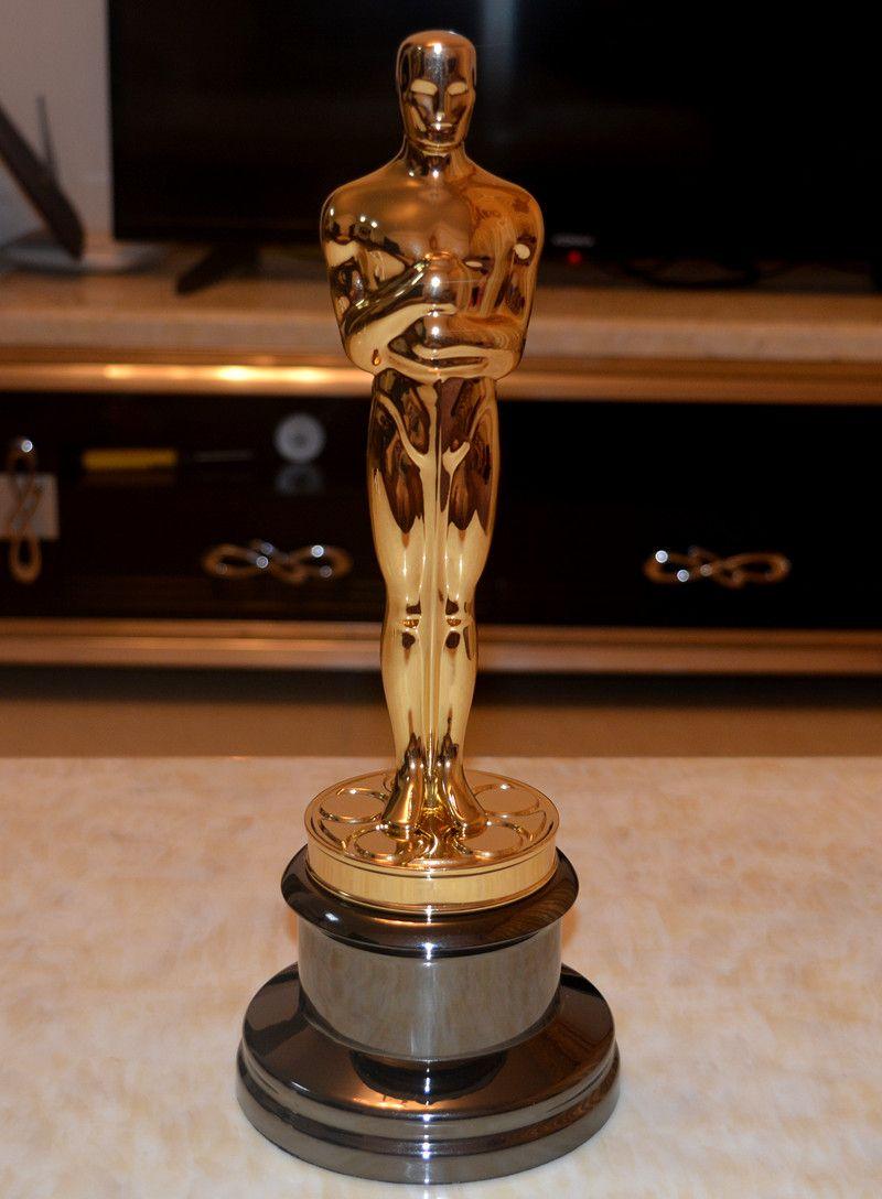 New Arrival High Quality 1 1 Sclae Academy Award Oscar Statue Oscar Trophy Zinc Alloy Replica Oscar Trophy Oscar Trophy Oscar Winning Movies Awards Trophy
