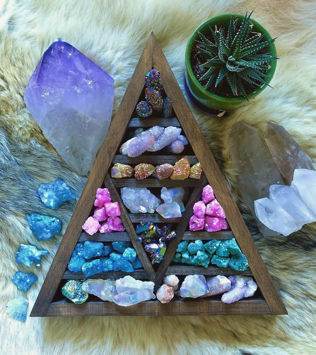 Gorgeous Collection Zen Life Crystals Gemstones - Year of