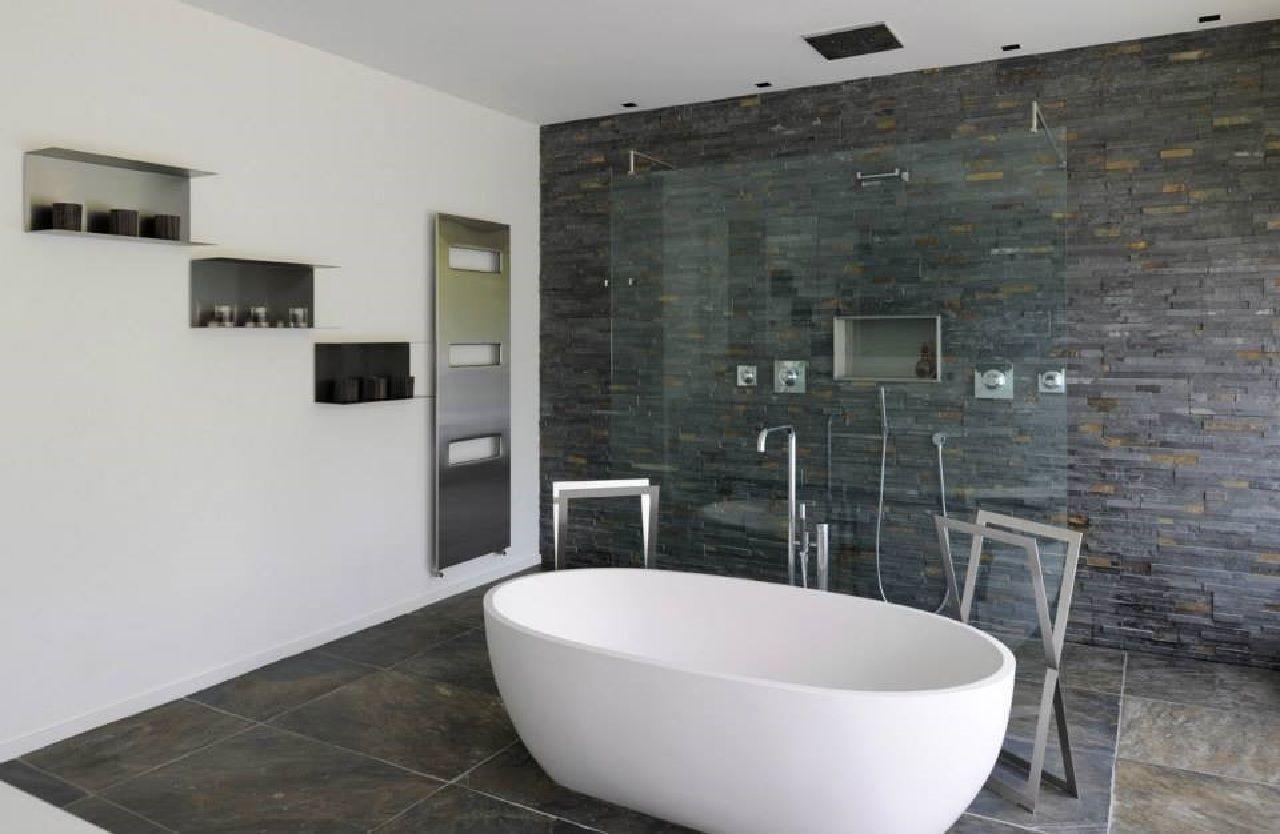 Pavimento di pietra in lastre di ardesia rivestimento in - Pietra per bagno ...