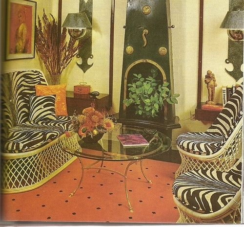 1970s jungle themed living room design.
