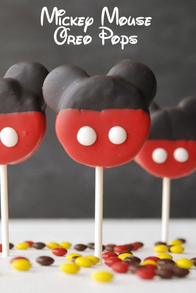 Mickey Mouse Oreo Pops #oreopops