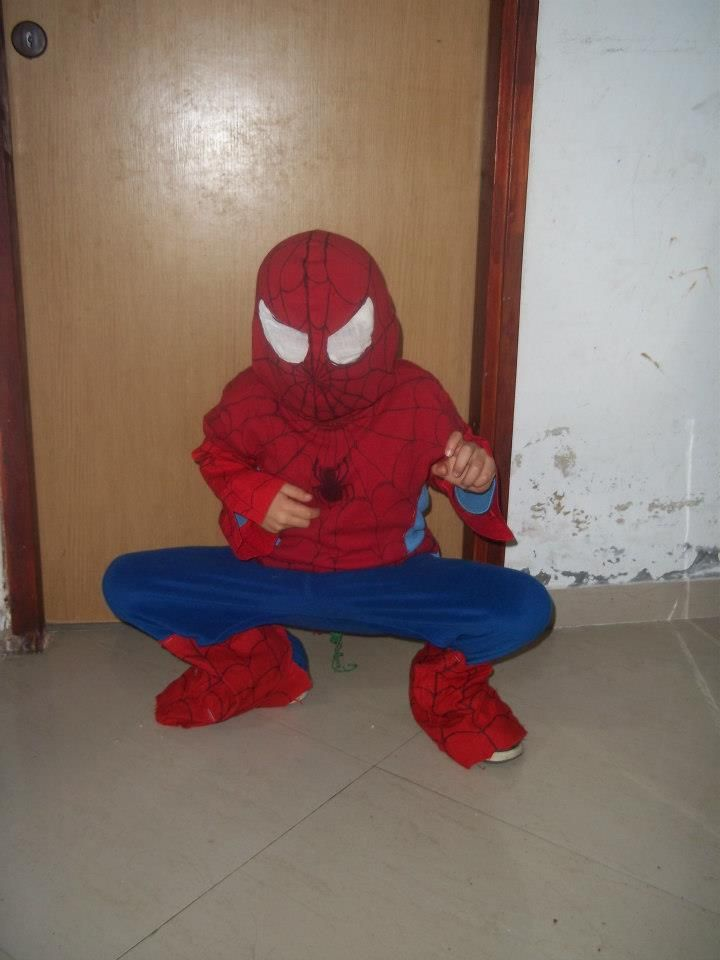 9b6e14fa Homemade Spiderman Costume Instructions- Tutorial, Easy, Cheap ...