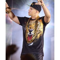 Pin By Jason Smith On Huge Gold Chian Daddy Yankee Big Gold