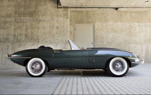 (via 1961 Jaguar E-Type Series 1 3.8-Litre Roadster… | g r e y | Pinterest)