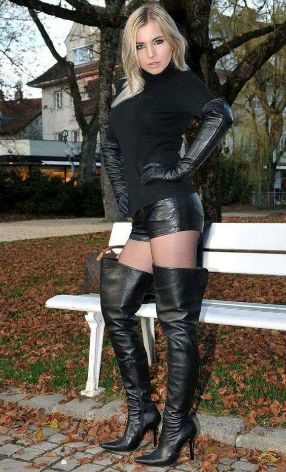 thigh boots lady wearing Fetish