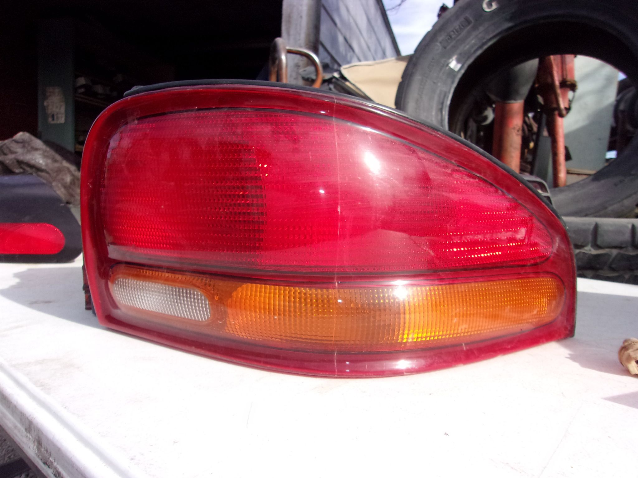 1995 1999 Dodge Stratus Driver Side Tail Light 25 Dodge Stratus Tail Light Car Parts For Sale