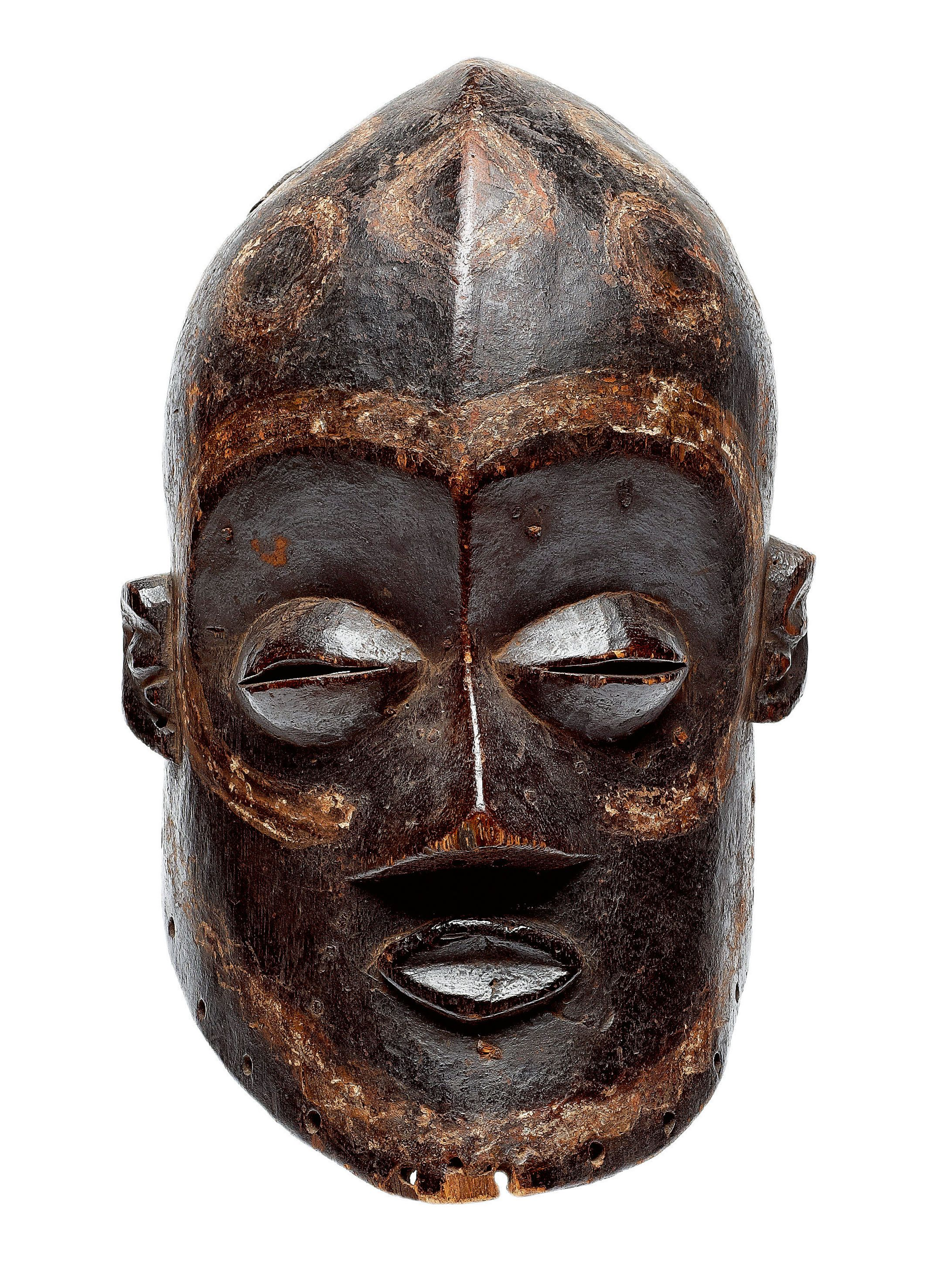 Africa | A rare Luluwa mask, DR Congo | Mostly know for their prolific statuary, the Bena Luluwa produced rare masks of great quality. They represent the spirits of ancestors and are used during circumcision rites.