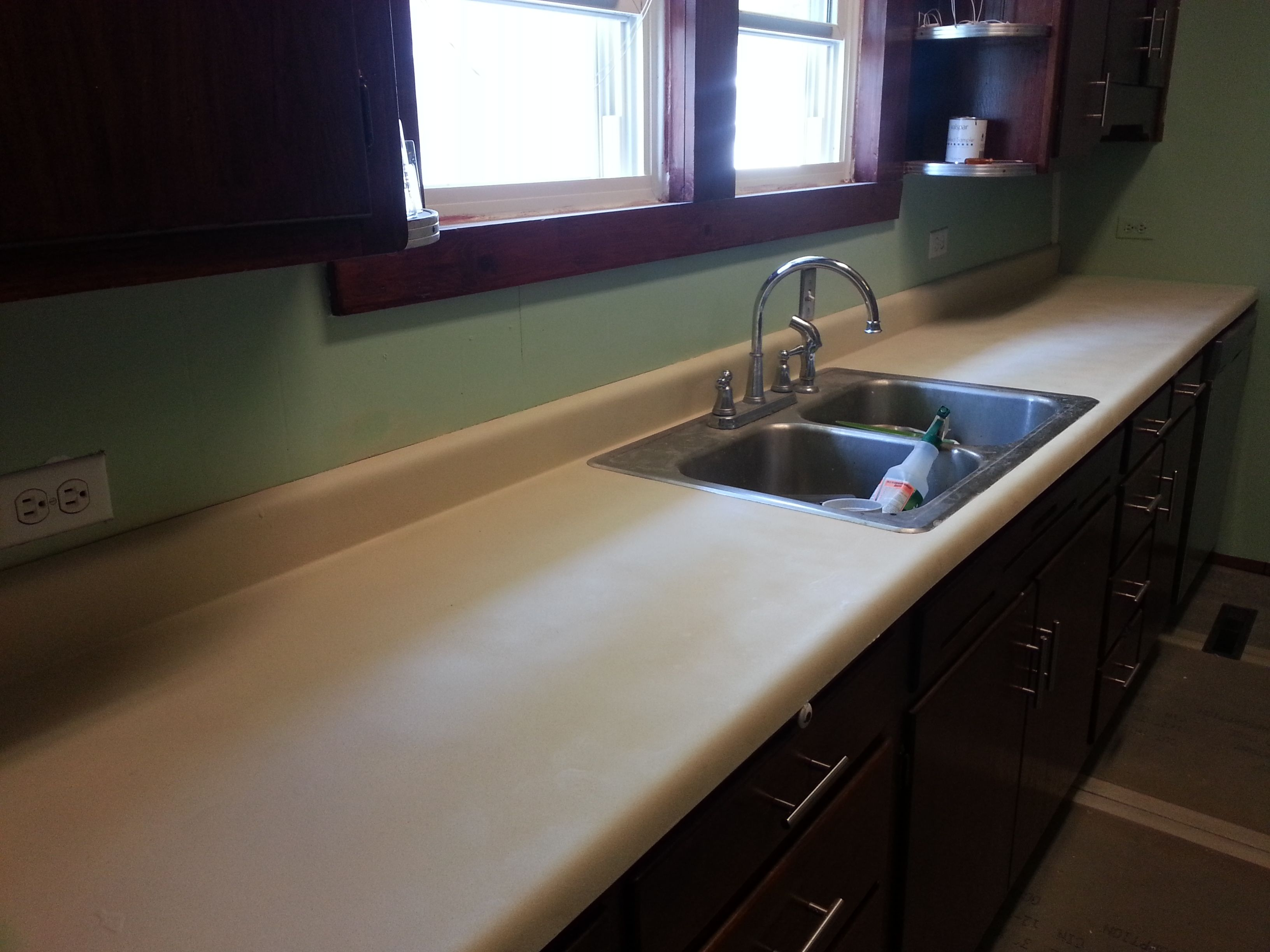 Spray Paint Countertops Diy I Used Rustoleum 39 S Stone Effects In Sandstone And Minwax Semi Gloss