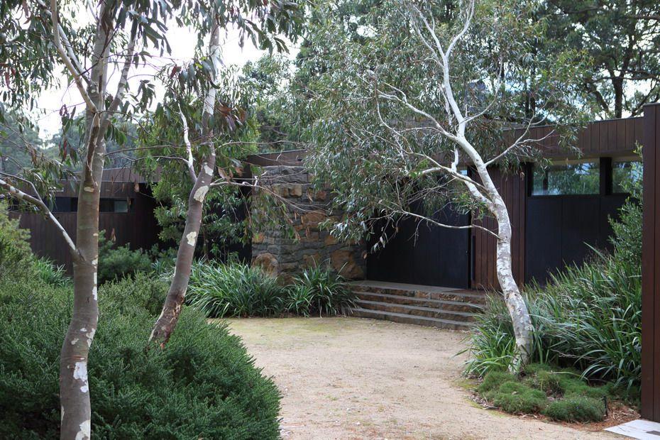 Robert Boyle Landscaping Mount Macedon Australian Garden Design Landscape Design Australian Native Garden