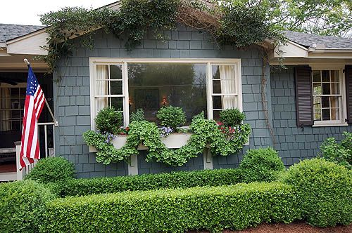 Ivy  swags on window box; http://phillipoliver.blogspot.com