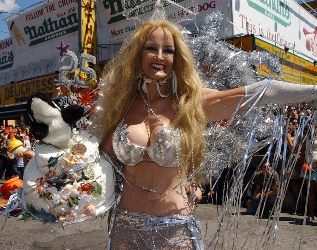 Mermaid Parade 2007 | All rights reserved. Founded in 1983 b… | Flickr