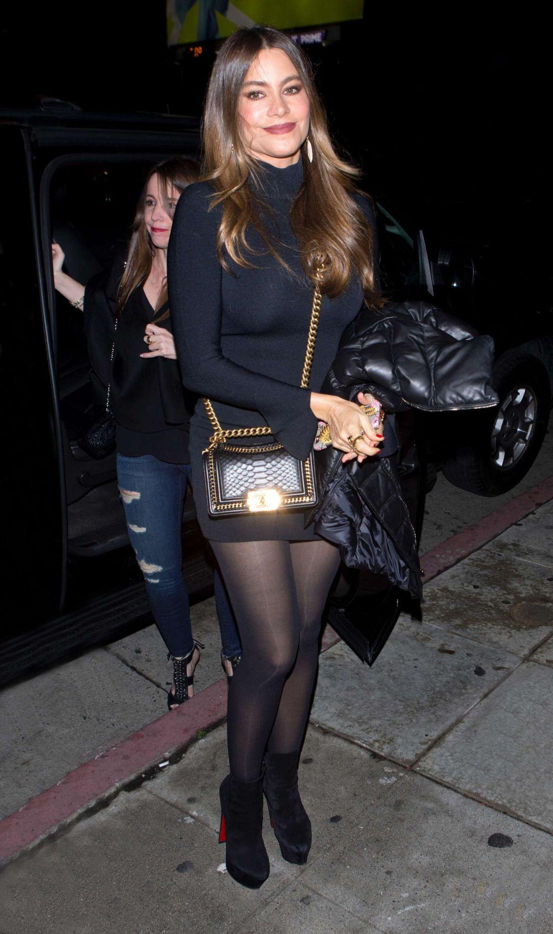 hotminiskirts: natalia phillips in a sexy short black mini skirt and