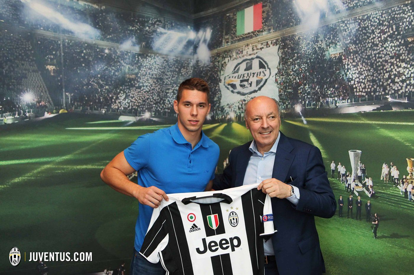 Official Marko Pjaca Signs For Juventus On A 5 Year Deal R Soccer Juventus International Football Gnk Dinamo Zagreb