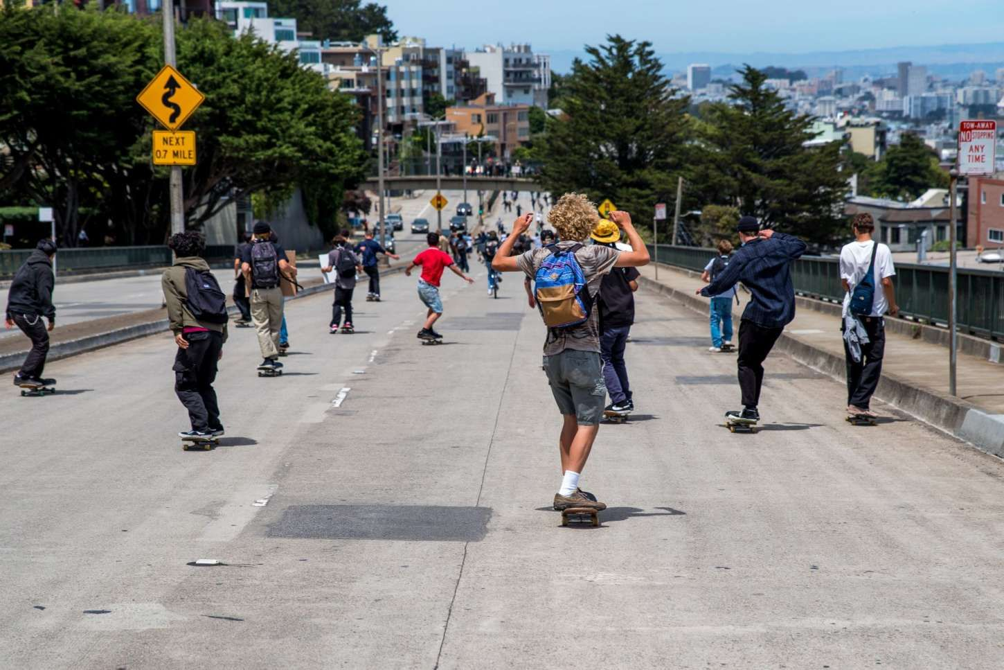 Hundreds Of Skateboarders Hill Bomb Twin Peaks At Black Lives Matter Protest In Sf Black Lives Matter Protest Black Lives Matter Black Lives