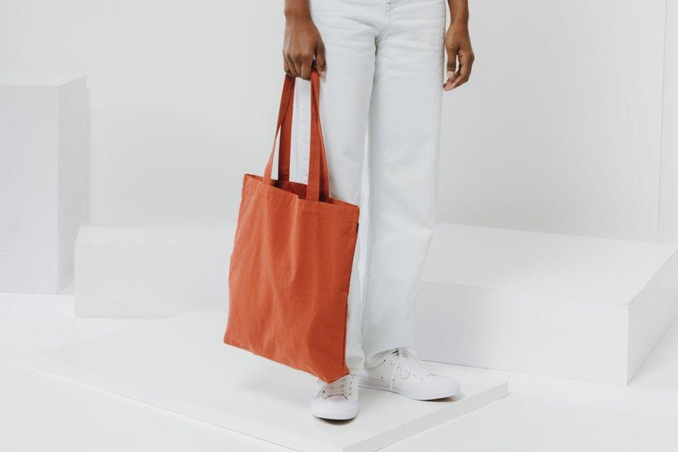03844bd5238 Baggu merch tote rust canvas bag recycled   Tote Bags in 2019   Bags ...