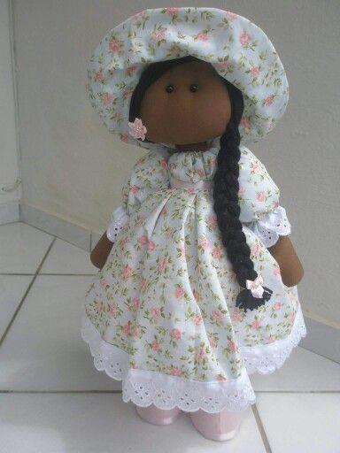 Boneca pretinha