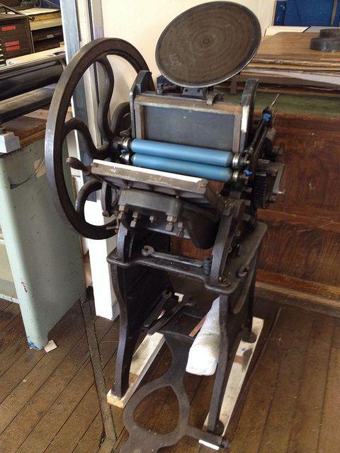 Letterpress - Golding Pearl No 1 platen press copy